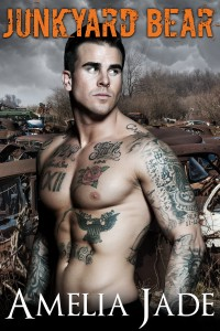 Junkyard Bear (A BBW Paranormal Shape Shifter Romance) (Bluff Bears Book 4) by Amelia Jade
